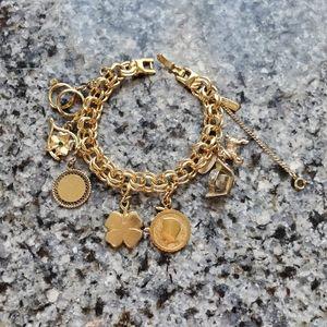 Monet Designer Vintage Gold Toned Charm Bracelet